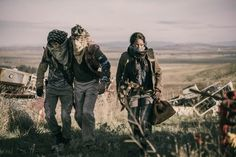 Kellita Smith, Russell Hodgkinson, and Nat Zang in Z Nation Story Inspiration, Writing Inspiration, Character Inspiration, Apocalypse Aesthetic, Post Apocalypse, Apocalypse Survival, Zombies, Fallout, Artemis