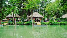 A tropical paradise right here in Texas? Son's Island at Lake Placid near New Braunfels Texas Getaways, Texas Vacations, Texas Roadtrip, Texas Travel, Vacation Places, Dream Vacations, Places To Travel, Places To See, Vacation Ideas