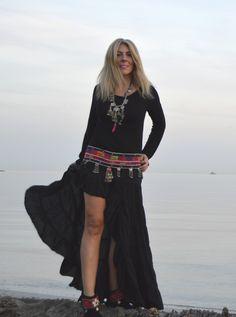 Total look boho chic falda negra by @freeloveibiza disponible en Ibiza Trendy #TiendaOnline