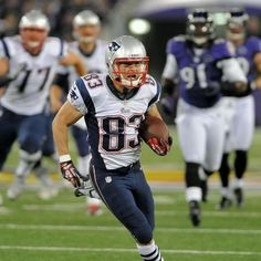 """""""You can't catch me!"""" #WesWelker #patriots"""