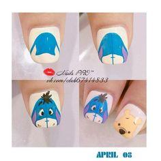 Photo Nail Art Hacks, Nail Art Diy, Easy Nail Art, Mickey Mouse Nail Art, Mickey Mouse Nails, Cartoon Nail Designs, Nail Art Designs, Trendy Nails, Cute Nails