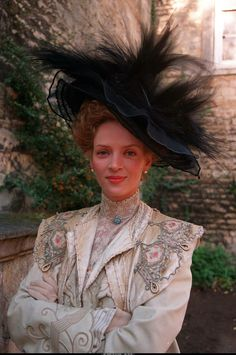 The Golden Bowl by James Ivory with Uma Thurman as Charlotte Stant John Bright Theatre Costumes, Movie Costumes, The Golden Bowl Movie, Short Veil, Period Movies, Period Dramas, Glamour Photo, Period Costumes, Edwardian Costumes