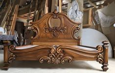 Consider this necessary illustration in order to visit the shown knowledge on bedroom furniture design Royal Furniture, Bed Furniture, Home Decor Furniture, Furniture Design, Baroque Furniture, Wooden Furniture, Wood Bed Design, Bedroom Bed Design, Bed Linen Design