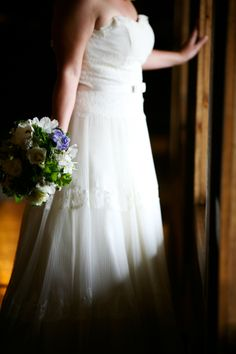 simple yet elegant dress and bouquet