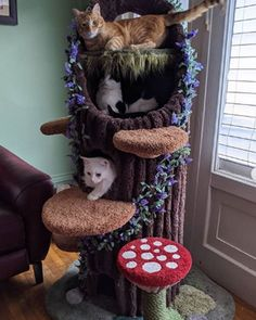 Cool Cat Trees, Diy Cat Tree, Cool Cats, Outdoor Cat Tree, Cat Habitat, Cat Castle, Cat Tree House, Cat Towers, Cat Room
