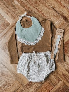 Adorable baby girl outfit - Healty fitness home cleaning Baby Outfits, Kids Outfits Girls, Cute Girl Outfits, Cute Outfits For Kids, Toddler Girl Outfits, Baby Girl Fashion, Kids Fashion, Babies Fashion, Well Dressed Kids