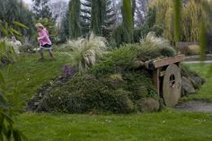 Hobbit home | http://www.oregonlive.com/kiddo/index.s ... _kids.html