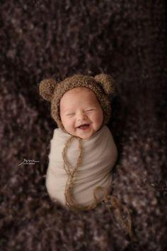 aww - Baby photography Tips - Neugeborene Newborn Baby Photos, Baby Poses, Cute Baby Pictures, Newborn Pictures, Baby Boy Newborn, Cute Baby Boy Pics, Cute Babies Pics, Baby Baby, Cute Baby Couple