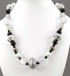 Chunky black & silver necklace