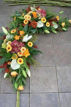 """Blog Kwiaciarni """"Pod Żółtą Różą"""" » Blog Archive » Listopad pachnie igliwiem"""