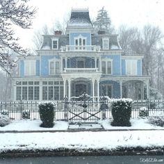 Favorite World Market Picks Beautiful blue Victorian house with amazing curb appeal Victorian Architecture, Beautiful Architecture, Beautiful Buildings, Beautiful Homes, Architecture Design, Victorian Style Homes, Old Victorian Houses, Victorian Homes Exterior, Victorian House Plans