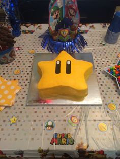 Super Mario Bros star cake by Jillee's Goodees