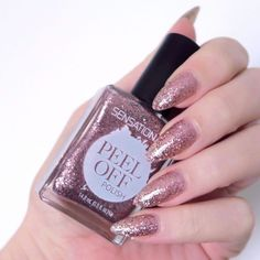 SensatioNail 'Good As Rose Gold'. Pink glitter nail varnish, peel off nail polish. Pink manicure inspiration. #talontedlex Pink Glitter Nails, Pink Manicure, Metallic Nails, Prom Nails, Fun Nails, Cool Nail Art, Nail Art Diy, Holiday Nails, Nail Artist