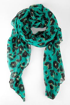 Love the jaguar scarf maybe i can wear it next season when hopefully they are actually winning