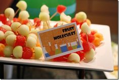 Supersüße und gesunde Obst-Moleküle - Kindergeburtstag Forscherparty