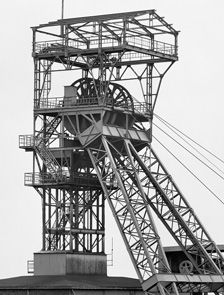 Industrial Photography, Art Photography, Hilla Becher, Unusual Buildings, Coal Mining, Prehistory, Illustrations And Posters, Loire, Crepes