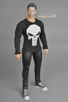 Sixth scale custom Punisher T shirt on Hot Toys TTM 20 collectible figure | 1:6th scale unique quality clothes and photo made by Hegemony77