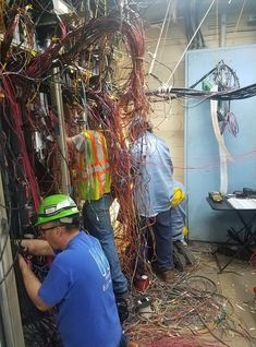 Hopefully everything is already disconnected? But the trip hazard alone... #forklift #osha #forkliftlicense #forklifttraining #forkliftcertification #forkliftlabs #safety