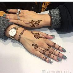 590.4k Followers, 4,191 Following, 8,882 Posts - See Instagram photos and videos from حساب خاص لعرض صور الحناء (@7ana_design)