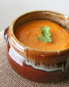 Did you know that certain foods can help you reduce your cravings for sugary junk?This carrot and sweet-potato soup is naturally sweet tasting, so it keeps you satisfied and lessens your need for bon-bons and frosted doodle-dums. Savory Sweet Potato Recipes, Sweet Potato Carrot Soup, Soup Recipes, Vegetarian Recipes, Snack Recipes, Cooking Recipes, Blender Recipes, Whole30 Recipes, Cooking Time