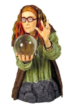 Gentle Giant Harry Potter: Professor Trelawney Mini-Bust by Diamond Comic Harry Potter Magic, Harry Potter Films, Diamond Comics, Harry Potter Collection, Potter Facts, Sirius Black, Gentle Giant, Witchcraft, Wands