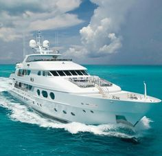 Motor Yacht 'Lady Joy' Offers up to Off Caribbean Charters Big Yachts, Luxury Yachts, Luxury Boats, Yacht Design, Private Yacht, Bahamas, Yacht Boat, Motor Boats, Water Crafts