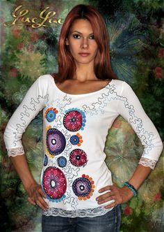 Nerušte+moje+kruhy+Ručne+maľované+tričko+z+dielne+LucLac+Materiál:+Bavlna/+Elastan+Prať+na+30ke+z+rubu,+žehliť+z+rubu+UPOZORNENIE:+Každá+maľba+je+jedinečná+a+zhotovená+len+v+jednom+kuse.+Foto+slúži+na+ukážku+-+je+ilustračná.+V+prípade,+že+si+vecičku+objednáte,+bude+vyrobená+podľa+Vášho+želania,+na+základe+dohody+prostredníctvom+vnútornej+pošty.+Po+prijatí...