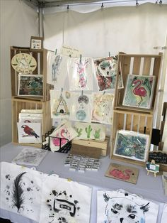 Craft Fair Displays, Display Ideas, Booth Ideas, Craft Show Ideas, Art Ideas, Craft Stalls, Market Stalls, Expositions, Selling Art