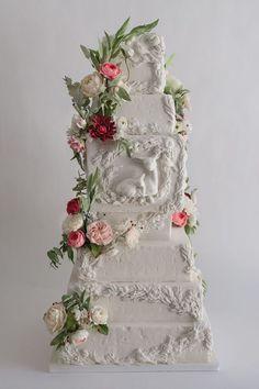 All White enchanted forest wedding cake with sugar flowers on satinice.com | Jennifer R. Smith - Sugar Flower Cake Designer #weddingcakes