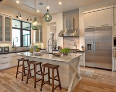 Can't even imagine having a kitchen this spacious! Perfect in every way! <3