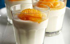 Panna cotta made from yogurt. Finnish Recipes, Yams, Mousse, Yogurt, Panna Cotta, Pudding, Ethnic Recipes, Desserts, Food