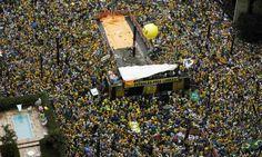 Com faixas criticando corrupção e medidas econômicas, paulistanos vão às ruas - http://po.st/B549PC  #Destaques - #Corrupção, #Impeachment, #Manifestantes