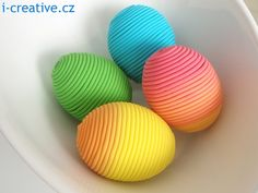 Easter Egg / Velikonoční vajíčka omotaná polymerovou hmotou.