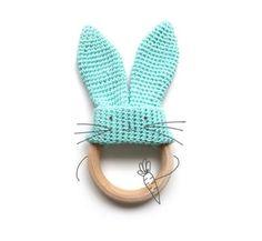 Mordedor conejito de crochet - Tuotrial y patrón amigurumi