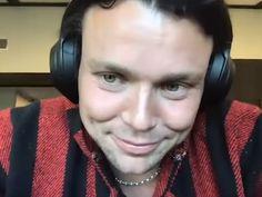 ashton irwin webcam pic