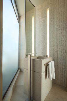 Ravello Residence by Shubin + Donaldson Architects
