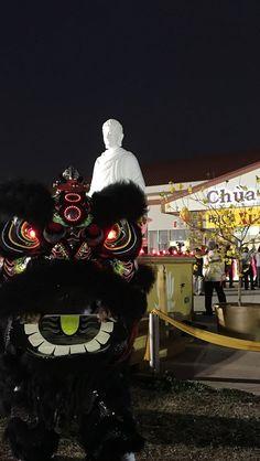 Lien Hoa Temple Lion Dance