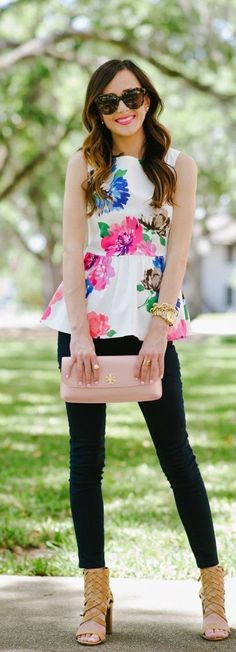 'Blooms' Stretch Peplum Top with '811′ Skinny Stretch Jeans