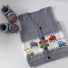 Very stylish fashion car knitted vest model tells illustrated construction, # . Very stylish fashion car knitted vest model tells illustrated construction, Knitting Pullover, Knitted Baby Cardigan, Knit Vest, Baby Knitting Patterns, Free Knitting, Knit Fashion, Fashion Models, Crochet Baby, Knit Crochet