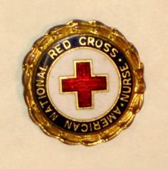 VINTAGE-c-1940s-AMERICAN-RED-CROSS-Pin-numbered-NURSE-WWII-Era