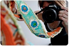 camera strap diy tutorial by the lovely and fun Michelle Allen Sewing Hacks, Sewing Tutorials, Sewing Tips, Sewing Projects, Fiber Art Jewelry, Jewelry Art, Diy Camera Strap, Leftover Fabric, Beauty Inside