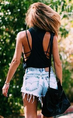 //summer denim + Black top @wachabuy #fashion #street style #accessories
