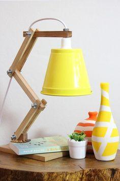 Luminária de Mesa Sixties by Carlos Siqueira | Compre Online na Mirabile Decor | Loja Virtual de Objetos de Decoração