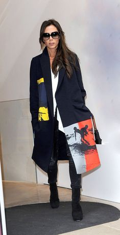 75 Victoria Beckham Looks - Pictures of Victoria Beckham's Style for Her 42nd Birthday
