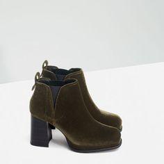 Image 4 of HIGH HEEL VELVET BOOTIE from Zara