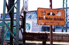 Bitte Motor abstellen! // Please turn off engine!