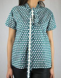 #odeeh #bluse #cherries #schleife #zeitgeist_amberg Polka Dot Top, Shirts, Tops, Women, Fashion, Ribbon Work, Blouse, Moda, Fashion Styles