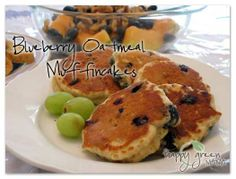 Happy Green Mama: Blueberry Oatmeal Muffincakes. A make ahead, better than pancakes, easy breakfast idea!