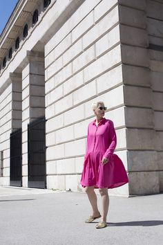 Just a few photos to show you the cutest pink dress I was wearing the other day. This was not planned to shoot, but it was too cute to miss it Cute Pink, Fashion Bloggers, Pink Dress, Street Style, My Style, How To Wear, Dresses, Rose Dress, Vestidos