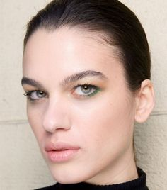 This Fall's Top Brow Trends -